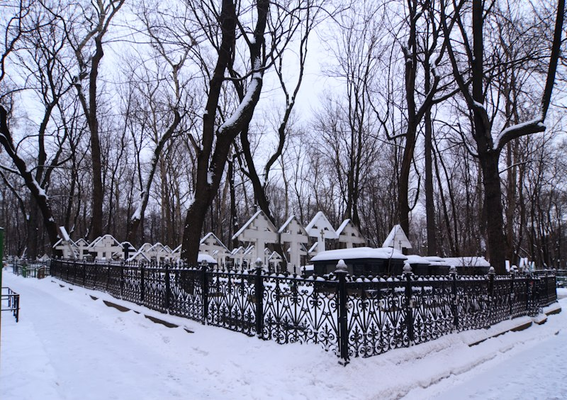 Архиерейские могилы на Рогожском кладбище в Москве
